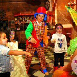 аниматор - клоун на праздник ребёнку