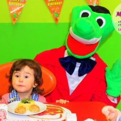 аниматор крокодил Гена на день рождения ребёнка