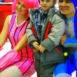 аниматор на выпускнойаниматоры Стефани и Спортакус на день рождения ребёнка
