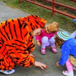 детский аниматор тигр