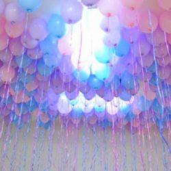 розовые и голубые воздушные шары