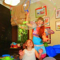 шоу гигантских мыльных пузырей без погружения
