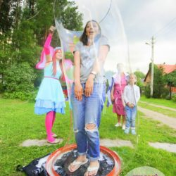 шоу гигантских мыльных пузырей в Московской области