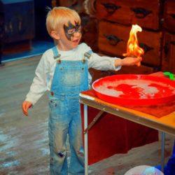шоу мыльных пузырей и аниматор
