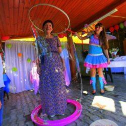 шоу мыльных пузырей и аниматор с погружением в Москве