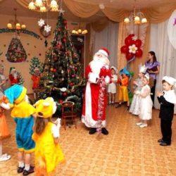 аниматор Дед Мороз в детский сад детям