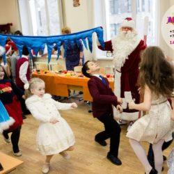 Дед Мороз и Снегурочка в школу на день рождения