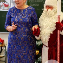 Дед Мороз и Снегурочка в школу на праздник
