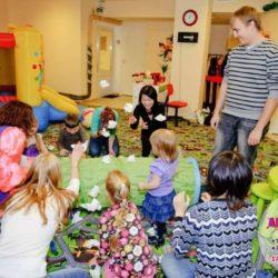 детский бэби ситтер для детей в Москве