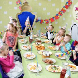 детский бэби ситтер на день рождения