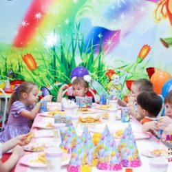 детский бэби ситтер на праздник в кафе в Москве