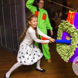 пиньята на праздник ребенку
