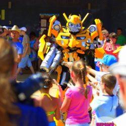 шоу роботов - трансформеров на детский день рождения