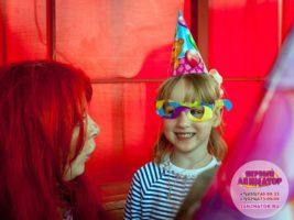 ребенок праздник метро Китай-город