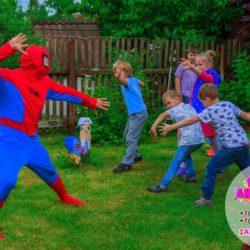 аниматор - человек - паук на праздник