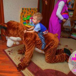 день рождения Маша и медведь