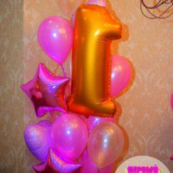 нежно-розовые воздушные шары