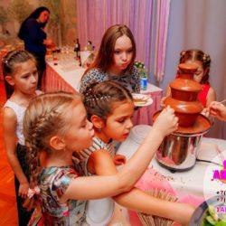 шоколадный фонтан на день рождение ребенка