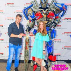 шоу роботов трансформеров на выпускной в детский сад