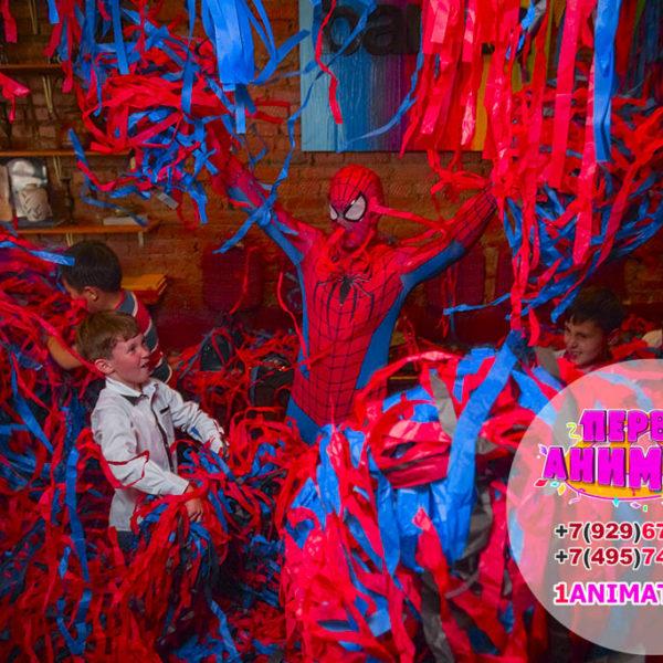 аниматор человек паук на детский праздник бумажное шоу