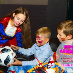 аниматоры супермен и супергерл на детский праздник, аквагрим