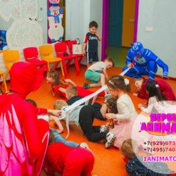 детские аниматоры Герои в масках в школу на утренник