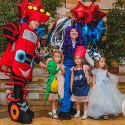 Аниматор Вспыш и чудо — машинки на детском празднике